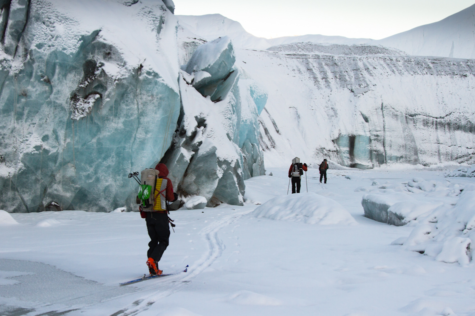 John Sykes, Nebesna Glacier meltwater channel