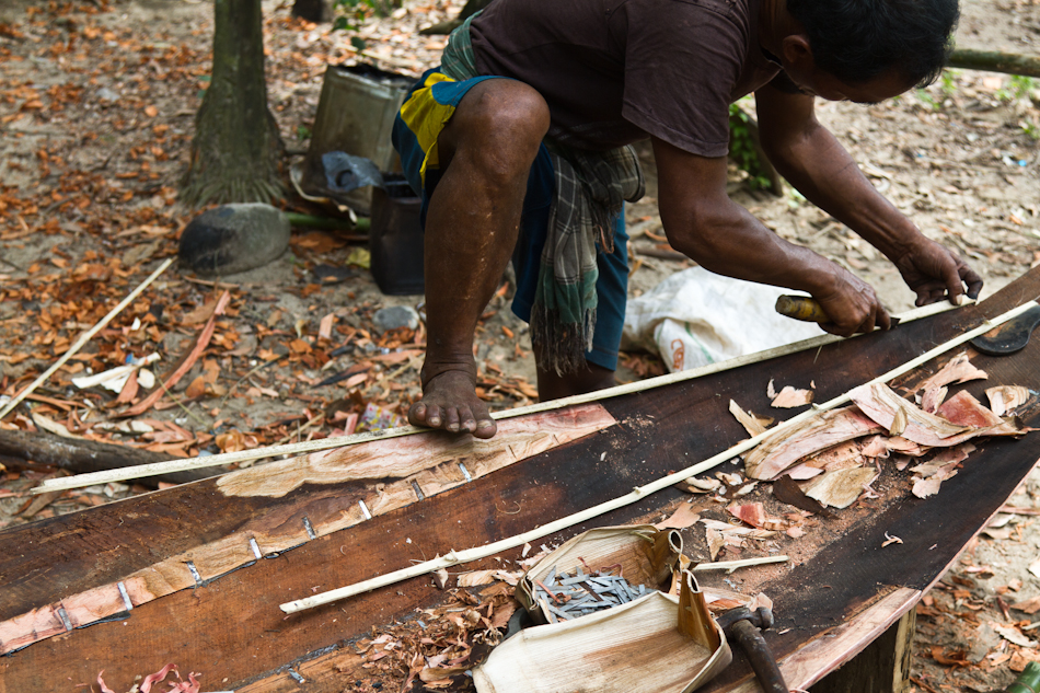 Traditional boat builder, Shnongpdeng